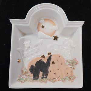 Lenox Halloween tidbit tombstone dish PM9